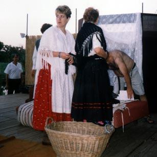 Illyés Gyula: Tűvétevők c. darabja a Szegvári Amatőr Felnőtt Színjátszó Kör előadásában (Fotó: Farkas Tibor)
