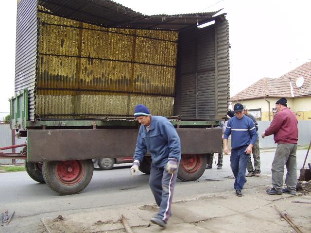 Költözik az régi buszváró