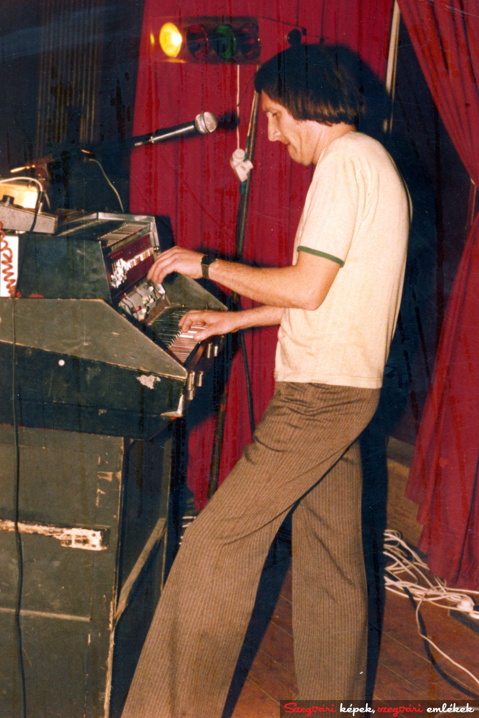 062 Lézer Rock 1980-1983. 005 – Fekete tulipántól a Lézerig,